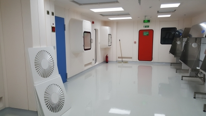 ISO 14644 class 5 cleanroom in Riyadh ready for installation qualification (IQ) testing